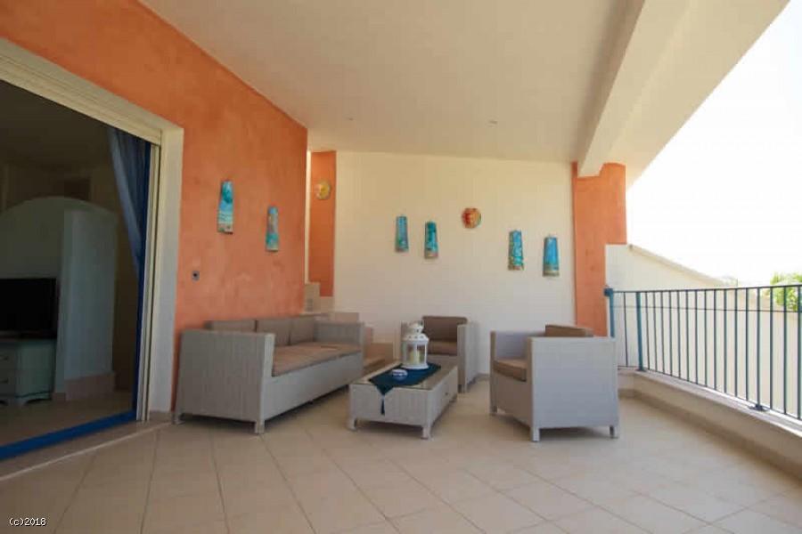 Villa moderna in affitto a Torre Pali