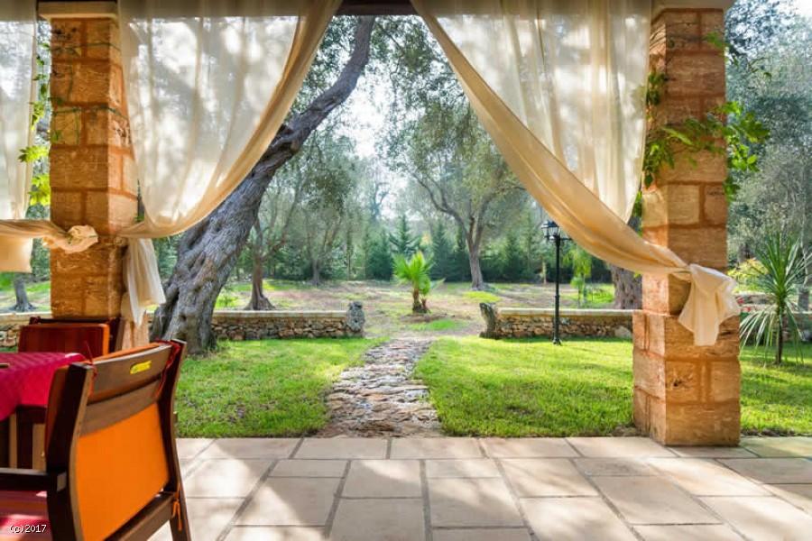 Villa con Piscina ad Andrano